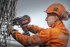 """<div class=""""bildtext_en"""">Skilled workers at precast plants confirm that tying with the Max Rebar-Tier puts only little strain on back andjoints</div>"""
