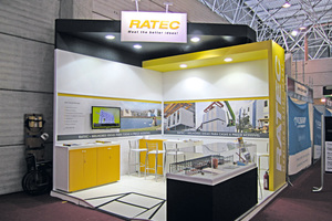 "<div class=""bildtext_en"">The stand of Ratec shortly before the exhibition</div>"
