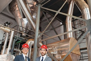 "<div class=""bildtext_en"">Cathay's Global CEO Terence Yu (left) and Marino Sergi (Global COO) posing in front of the spray-drying facility</div>"