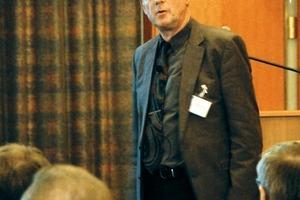 """<div class=""""bildtext"""">Dr.-Ing. Wolfram Kämpfer von der Materialforschungs und -prüfanstalt an der Bauhaus-Universität Weimar ging auf Schutzmaßnahmen gegen chemischen Angriff auf Betonbauwerke ein</div>"""