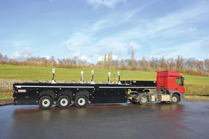 """<div class=""""bildtext_en"""">Unladen weight could be reduced by approximately 500 kg by changing the specification – the new inloader from Langendorf </div>"""