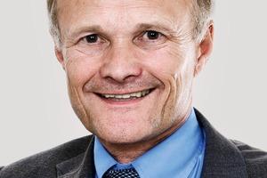 "<div class=""ULM Vitatext Name"">Moderation: Prof.Dr.‑Ing.Josef Hegger; RWTH Aachen University</div><div class=""vitatext"">jhegger@<br />imb.rwth-aachen.de</div>"