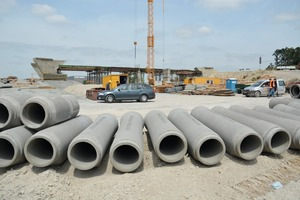 """<div class=""""bildtext_en"""">Planning engineers decided to specify reinforced-concrete pipes conforming to FBS quality standards for the road pavement drainage line in project section6 between Steinhagen and Halle</div>"""