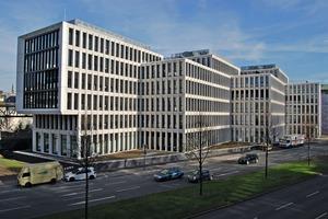 """<div class=""""bildtext"""">Ansicht des Büro- und Verwaltungsgebäudes Ohligsmühle</div>"""