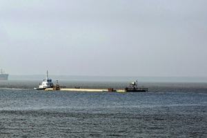 """<div class=""""bildtext_en"""">The tunnel sections were transported 320 km by sea to their intended location </div>"""