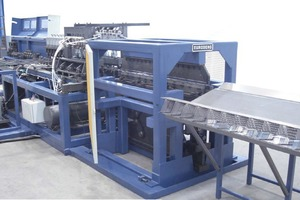 """<div class=""""bildtext_en"""">PLR BB Spacer Series: All types of plain-bar supports can be produced by the same machine, in less than 4 s</div>"""