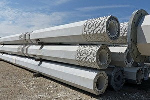 Finished columns shortly before shipment to Algeria