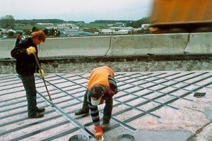 """<div class=""""bildtext"""">Die Autobahnbrücke bei Montabaur erhielt eine Verstärkung der Rahmendeckenober- und -unterseiten sowie der Vorderseiten der Rahmenwände</div>"""