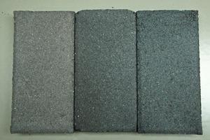 "<div class=""bildtext_en"">→ 1 Laboratory blocks in gray cement </div><div class=""bildtext_en"">Left: Classic iron oxide GF Onyx 5%; center: Modern blue-black iron oxide (GF 84 G) 5%; Right: Carbon pigment (GF Permacarb) 3% </div>"