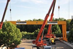 """<span class=""""bildunterschrift_hervorgehoben"""">Fig. 1</span> The erection of a new double girder – gantry crane at the customer."""