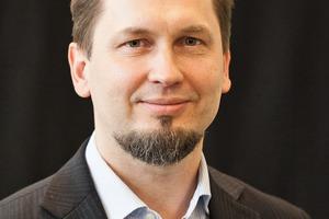 """<div class=""""vitatext""""><strong>Univ.-Prof. Dr.-Ing. Viktor Mechtcherine;</strong> Institut für Baustoffe, Technische Universität Dresden</div><div class=""""vitatext""""><script language=""""JavaScript"""">document.write('<a href=""""' + 'mailto:' + 'mechtcherine' + '@' + 'tu-dresden' + '.' + 'de' + '"""">' + 'mechtcherine' + '@' + 'tu-dresden' + '.' + 'de' + '</a>');</script></div><div class=""""vitatext"""">Geboren 1964; Studium an der Universität für Bauwesen und Architektur St. Petersburg, Abschluss 1986; ab 1992 wissenschaftlicher Angestellter und ab 1998 Oberingenieur und am Institut für Massivbau und Baustofftechnologie an der Universität Karlsruhe (KIT); ab 2003 Professor und Leiter des Fachgebiets """"Baustofftechnologie und Bauschadenanalyse"""" an der Technischen Universität Kaiserslautern; seit 2006 Direktor des Instituts für Baustoffe an der Technischen Universität Dresden; Rilem Bureau, Technical Activities Committee, Vorsitzender des Rilem TC RSC, Steering Committee of the fib commission 8 """"Concrete"""", Advisory Board of IA-FraMCos, International Academy of Engineering, Sachverständiger des DIBt</div>"""