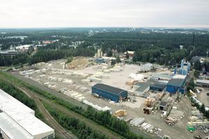 """<div class=""""bildtext"""">Luftaufnahme von Firmenzentrale und Hauptproduktionsstandort der Lakan Betoni Oy im finnischen Joensuu</div>"""