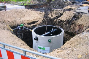 """<div class=""""bildtext_en"""">At SHW NeutraSab is floating in the construction pit. The pipework with overflow pipe connection and shut-off flap is well recognizable</div>"""