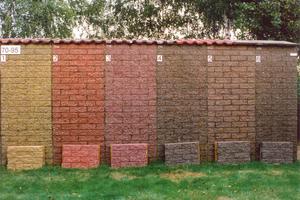 25 Jahre Freibewitterung von Betonmauersteinen, die mit Bayferrox-Eisenoxidpigmenten eingefärbt wurden
