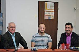CEO Jiři Štrobl and Plant engineer Jakub Horák (Betonika Plus) in conversation with BFT-editor Silvio Schade (left to right)