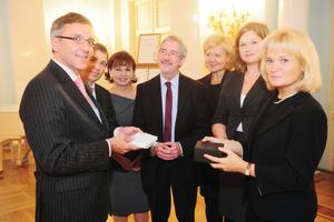 Die deutsche Delegation gratuliert zur Eröffnung der  NRW-Repräsentanz in St. Petersburg