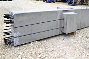 """<div class=""""bildunterschrift_en"""">The columns were manufactured and erected by Klebl GmbH, Neumarkt in Germany</div>"""