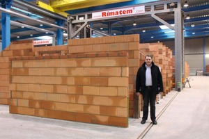 """<span class=""""bildunterschrift_hervorgehoben"""">Fig. 2</span> Initially, the General Manager, Filip Despierre, was skeptical about the masonry plant but in the meantime he is excited about the efficiency of the same."""