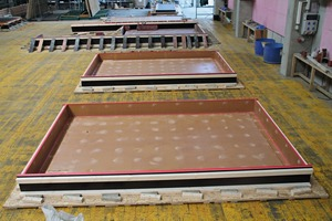 """<div class=""""bildtext_en"""">The wooden formwork for balconies and other prefabricated components is created with great precision in the company's large joiner's workshop</div>"""