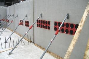 "<span class=""bildunterschrift_hervorgehoben"">Fig. 7</span> Use of HSI 150 cable lead-throughs in precast walls."