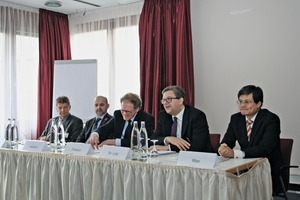 "<div class=""bildtext_en"">At the press conference of the 59th BetonTage in Neu-Ulm was announced that the precast concrete production industry expects a turnover of around 5.6 billion Euro, corresponding to a plus of 9 %</div>"