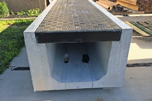 "<div class=""bildtext_en"">A Fibrelite cover on a precast concrete trench manufactured by US precaster Trenwa</div>"