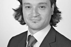 """<em>Dr.-Ing. Patrick Fontana </em><br />(Jg. 1971) studierte Bauingenieurwesen an der TU Berlin und war von 2002 bis 2003 als wissenschaftlicher Mitarbeiter am Fachgebiet Baustoffkunde und Baustoffprüfung der TU Berlin tätig. Er arbeitet seit 2002 in der Fachgruppe """"Baustoffe"""" der BAM und promovierte 2006 am Institut für Baustoffe, Massivbau und Brandschutz der TU Braunschweig. Zu seinen derzeitigen Forschungsschwerpunkten zählen der Einfluss der Nachbehandlung auf Ultrahochleistungsbetone und das Frühschwinden von Beton.<br /><span class=""""bildunterschrift_hervorgehoben"""">patrick.fontana@bam.de</span><br />"""