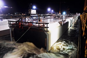 """<div class=""""bildtext_en"""">The dry dock in Sparrow's Point is flooded after completion of the tunnel elements </div>"""