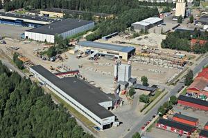 "<div class=""bildtext_en"">Aerial view of the Lujabetoni precast plant Hämeenlinna-Kantola, Finland</div>"