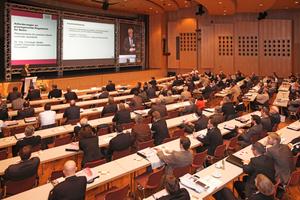 Die BetonTage sind der Branchentreff, ob bei den informativen Vorträgen im Hörsaal...