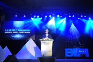 Nicolaus Müller, Geschäftsführer der MC-Bauchemie, in seiner Begrüßungsrede an die Gäste (Figure: MC-BIFI)