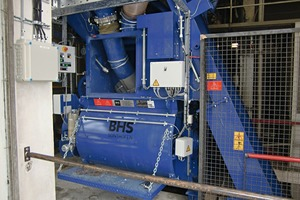 BHS mixing station with twin-shaft batch mixer (DKX), head piece of the skip conveyor and weighing conveyor