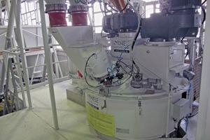 """<div class=""""bildtext"""">Der Konus-Mischer mit einem Volumen von 300 l und Keramikbeschichtung ist mit einer Hochdruckreinigungsanlage ausgestattet </div>"""