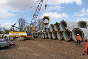 """<div class=""""bildtext_en"""">A total of 314 reinforced-concrete jacking pipes (DN 2,000) were needed fora successful implementation of the project</div>"""