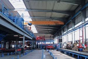 """<div class=""""bildtext"""">Eine neue Umlaufanlage in einer bestehenden Fertigungshalle: die neue Produktionsstätte von BWN Betonfertigteilwerk GmbH &amp; Co. KG im rheinland-pfälzischen Neuwied</div>"""
