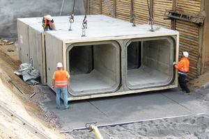 → Sewer construction site using box culverts made of reinforced concrete
