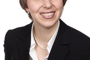 Dipl.-Betriebswirtin Anja Muschelknautz<br />