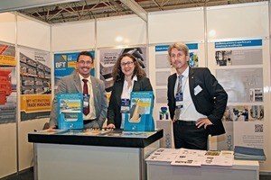 "<div class=""bildtext_en"">The BFT International fair team distributed many sample copies of the ­Latin America edition</div>"