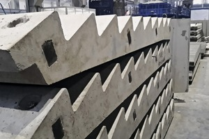 The maximum number of 14 steps can be reduced by reconnecting the vertical stopend formwork