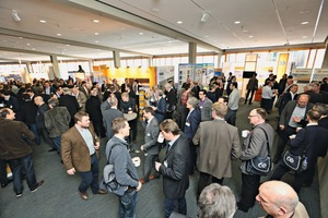 "<div class=""bildtext_en"">The established exhibition of the supplier industry is always well ­attended</div>"