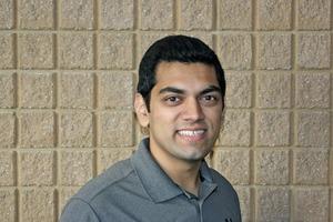 """<div class=""""bildtext"""">Chandramouli Nagarajan ist zuständig für die Koordination der Planung, Bemessung und Installation von Ausrüstungen für verschiedene Segmente der Fertigteilindustrie </div>"""