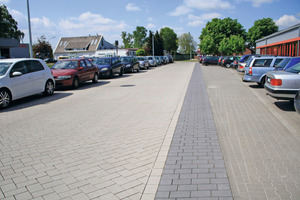 "<div class=""bildunterschrift_en"">AirClean paving slabs degrade the pollutants right where the emission occurs</div>"