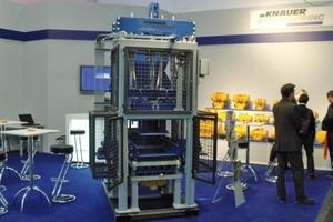 "<span class=""bildunterschrift_hervorgehoben"">Fig. 4 </span>The sample/laboratory-scale block machine at the Knauer bauma stand.<br />"