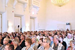 """<span class=""""bildunterschrift_hervorgehoben"""">Abb. 1</span> Mehr als 700 Gäste kamen zum 1. Kann-Dialog in das Kurfürstliche Schloss nach Koblenz.<br />"""