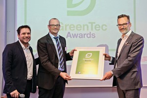 """<div class=""""bildtext_en"""">Andreas Hugot, spokesman of the Steag management (center), received the GreenTec Award in the Urbanization category</div>"""