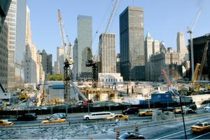 """<span class=""""bildunterschrift_hervorgehoben"""">Abb. 1 </span>Baustelle am Ground Zero des ehemaligen World Trade Center, WTC.<br />"""
